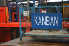 Kanban two-bin recycling system at Hayters Ltd
