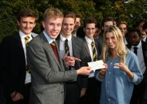 Anna Williamson speaks to 6th Form