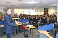 Mat Frei Speaks to sixth form